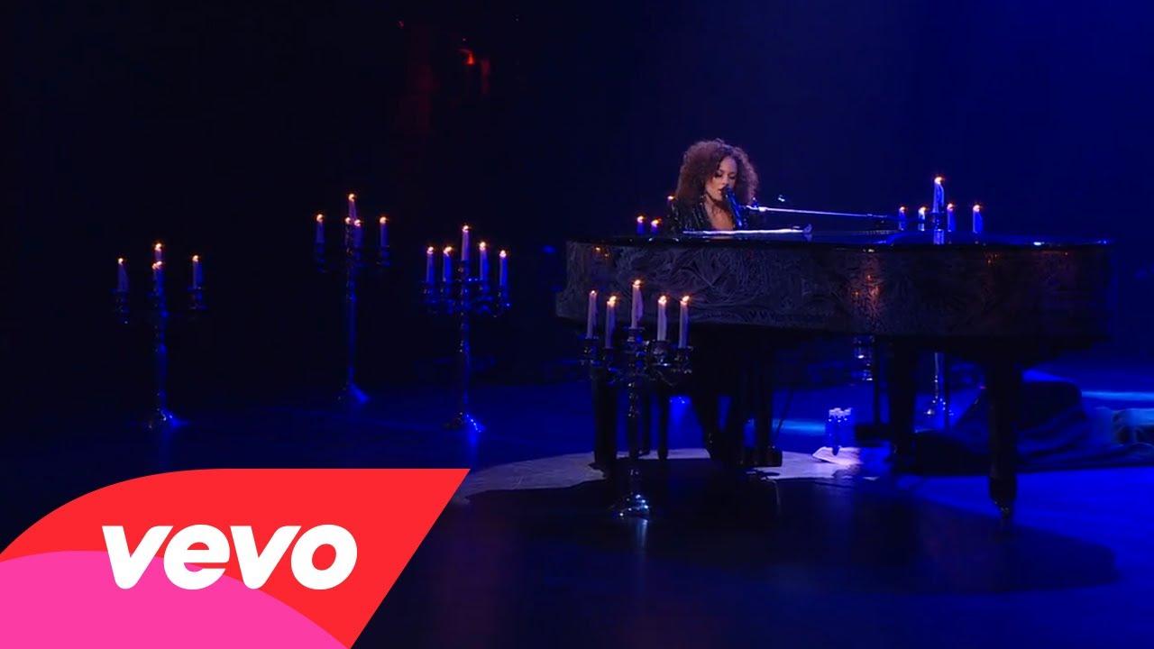 Alicia Keys – A Dream (Piano & I: AOL Sessions +1)
