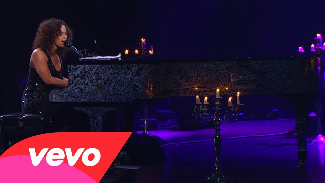 Alicia Keys – A Woman's Worth (Piano & I: AOL Sessions +1)