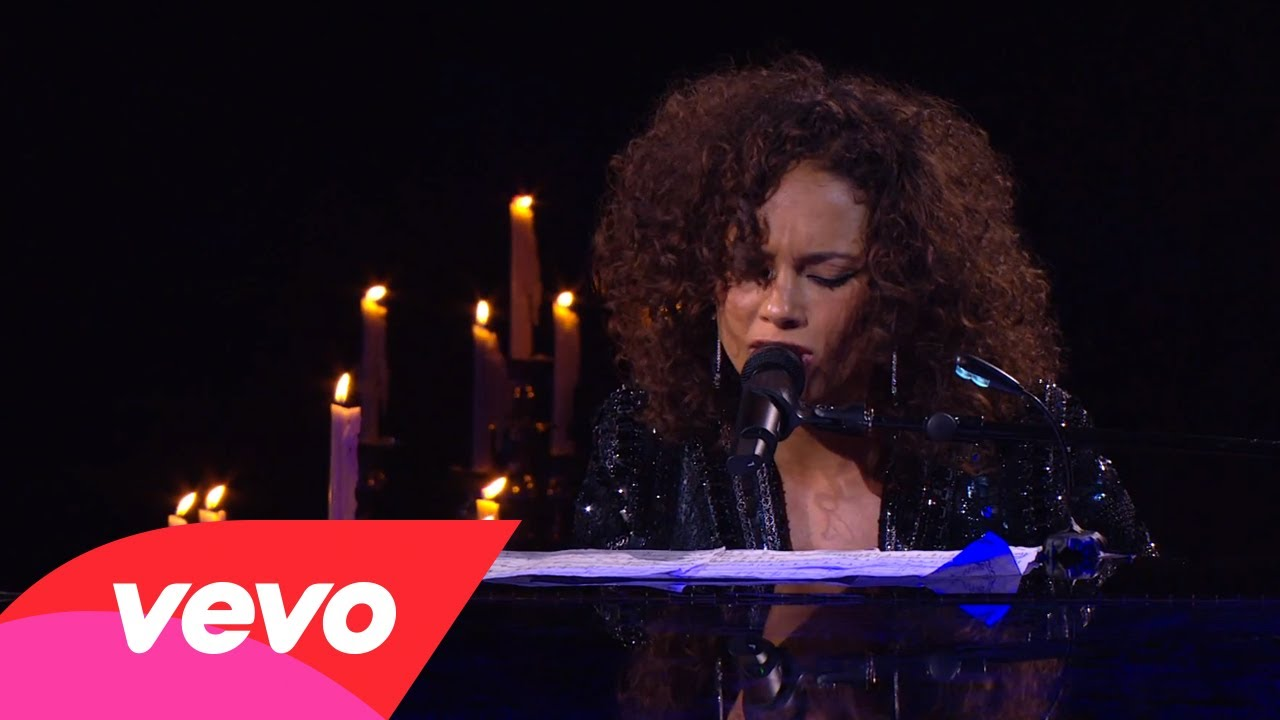 Alicia Keys – Blackbird (Piano & I: AOL Sessions +1)
