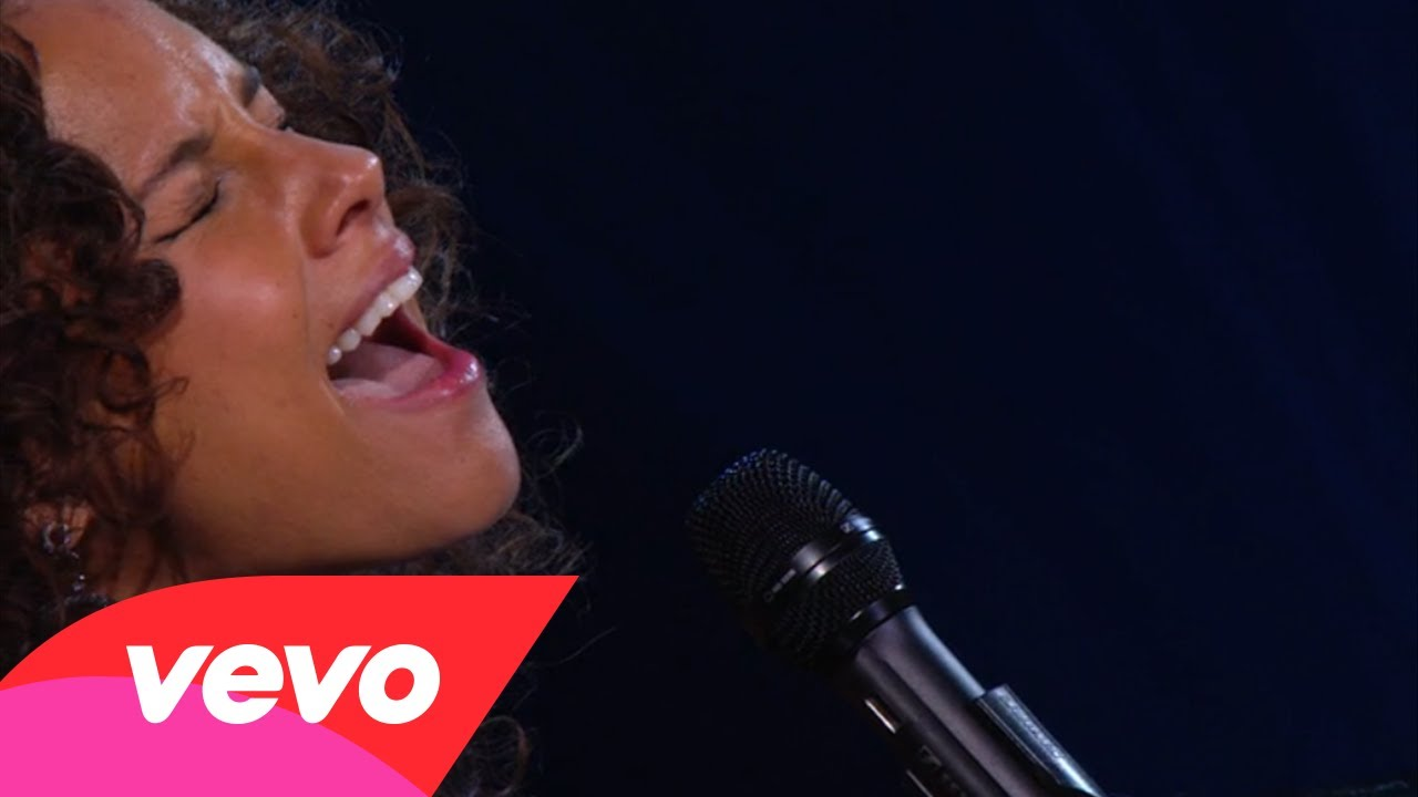 Alicia Keys – If I Ain't Got You (Piano & I: AOL Sessions +1)