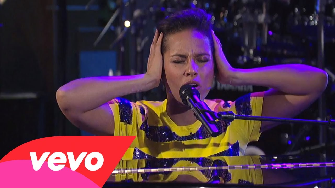 Alicia Keys – Listen To Your Heart (Live on Letterman)
