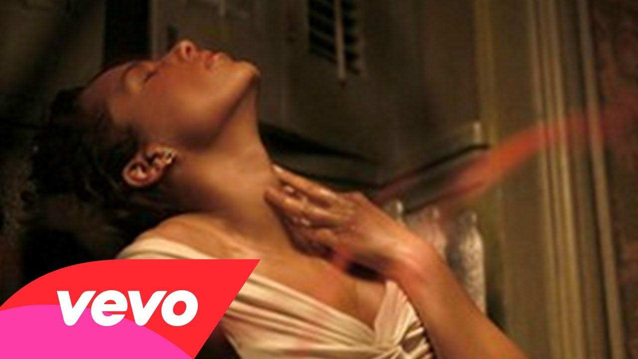 Alicia Keys & Maxwell – Fire We Make