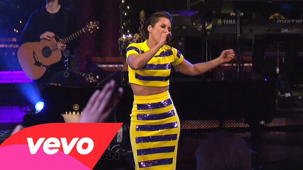 Alicia Keys – No One (Live on Letterman)