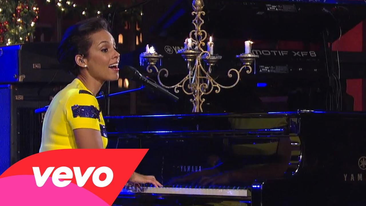 Alicia Keys – Not Even The King (Live on Letterman)
