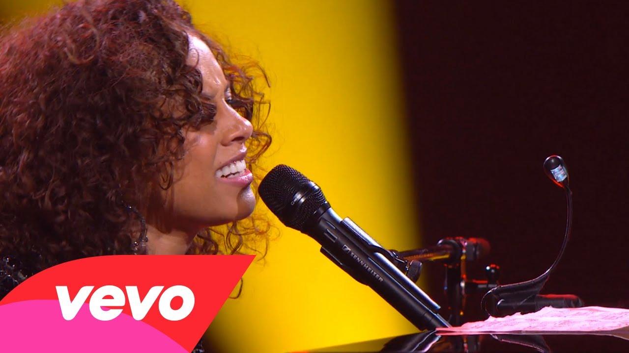 Alicia Keys – Trouble Man (Piano & I: AOL Sessions +1)