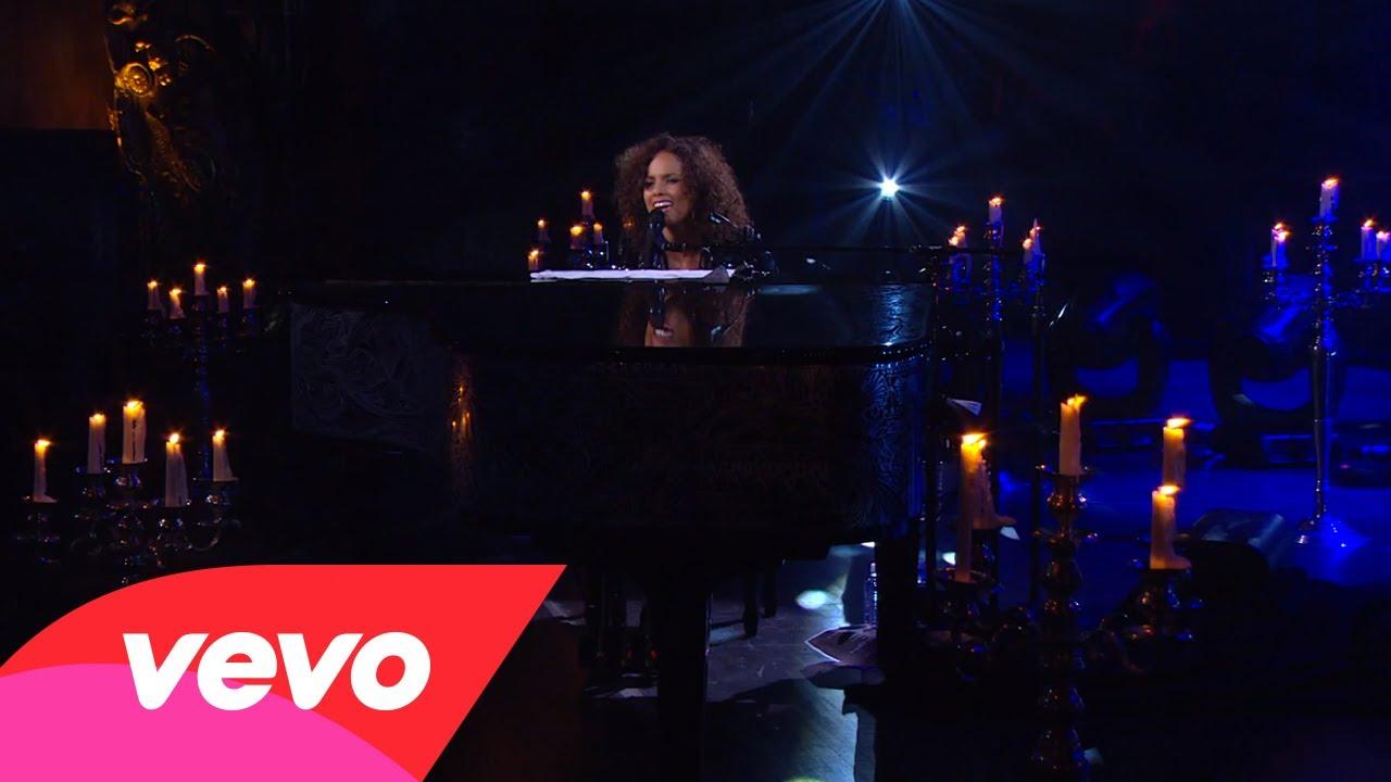 Alicia Keys – Troubles (Piano & I: AOL Sessions +1)