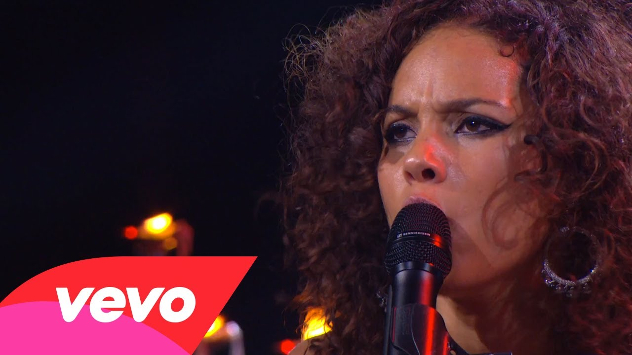 Alicia Keys – Unbreakable (Piano & I: AOL Sessions +1)