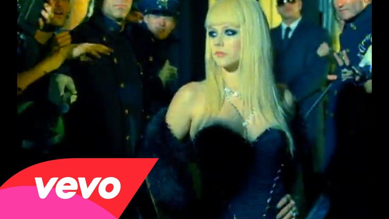 Avril Lavigne – Hot