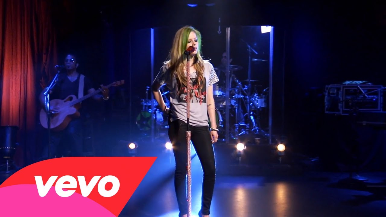 Avril Lavigne – I'm With You (AOL Sessions)