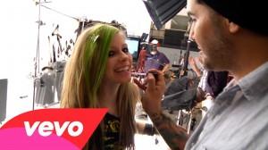 Avril Lavigne – Smile (Behind the Scenes)
