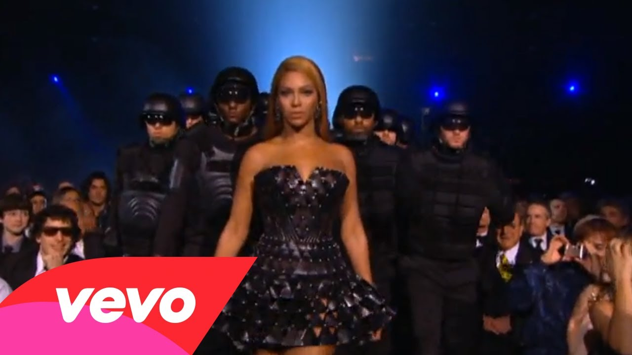 Beyonc? – If I Were A Boy (GRAMMYs on CBS)