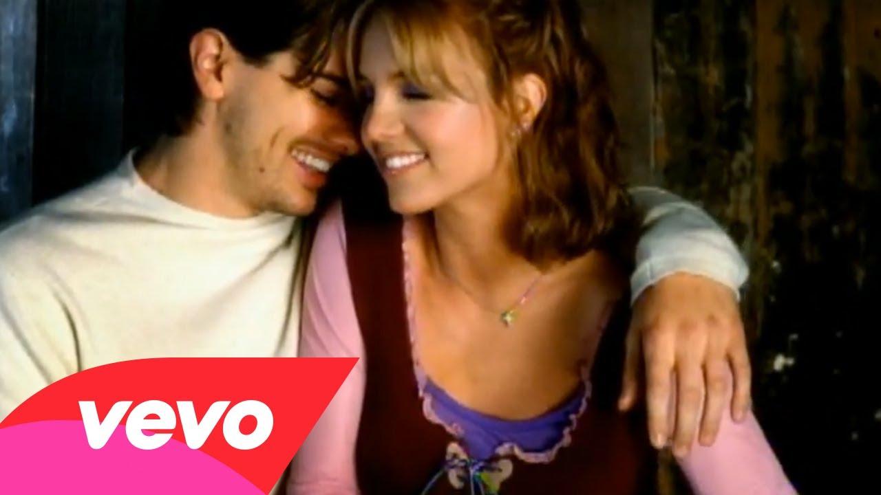Britney Spears – From The Bottom Of My Broken Heart