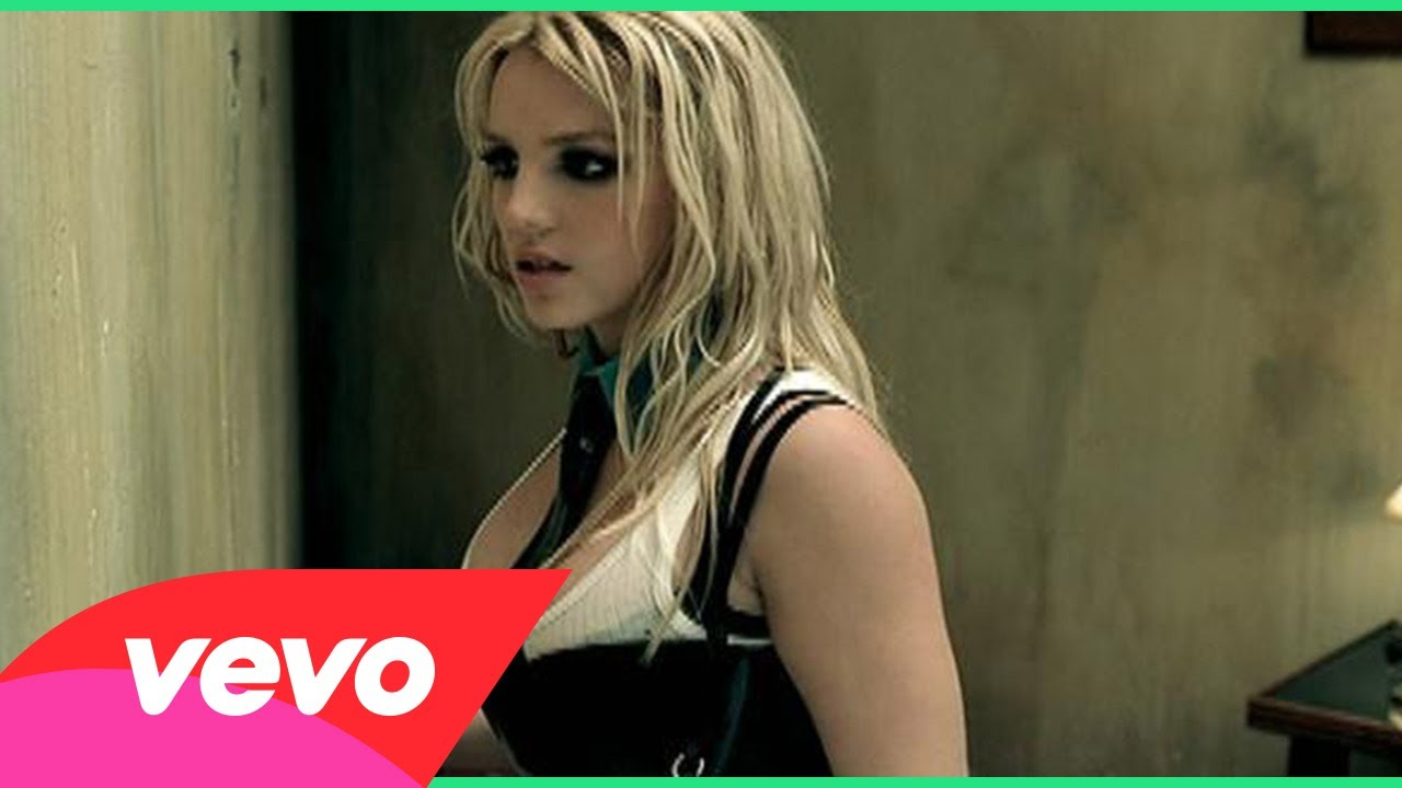Britney Spears – Me Against The Music