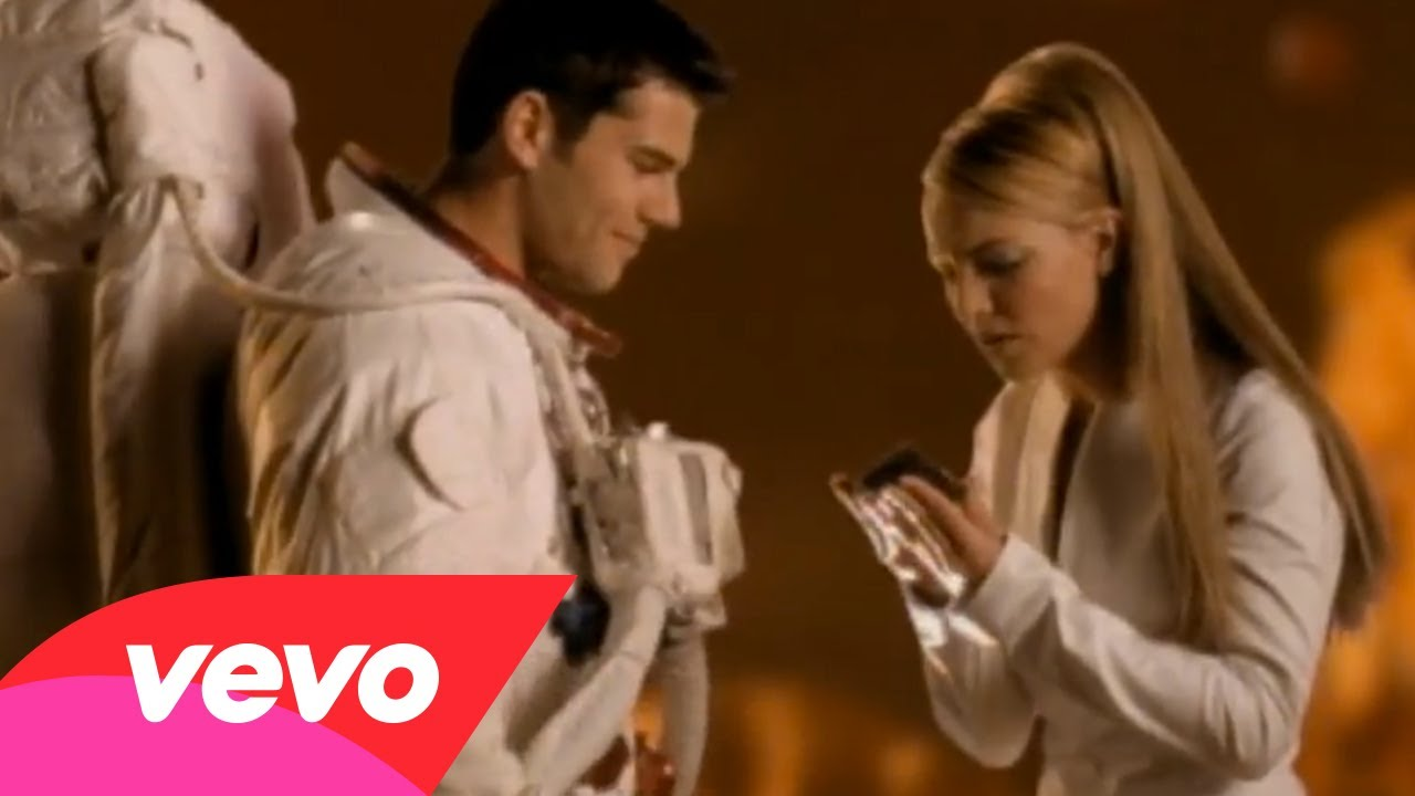 Britney Spears – Oops!…I Did It Again