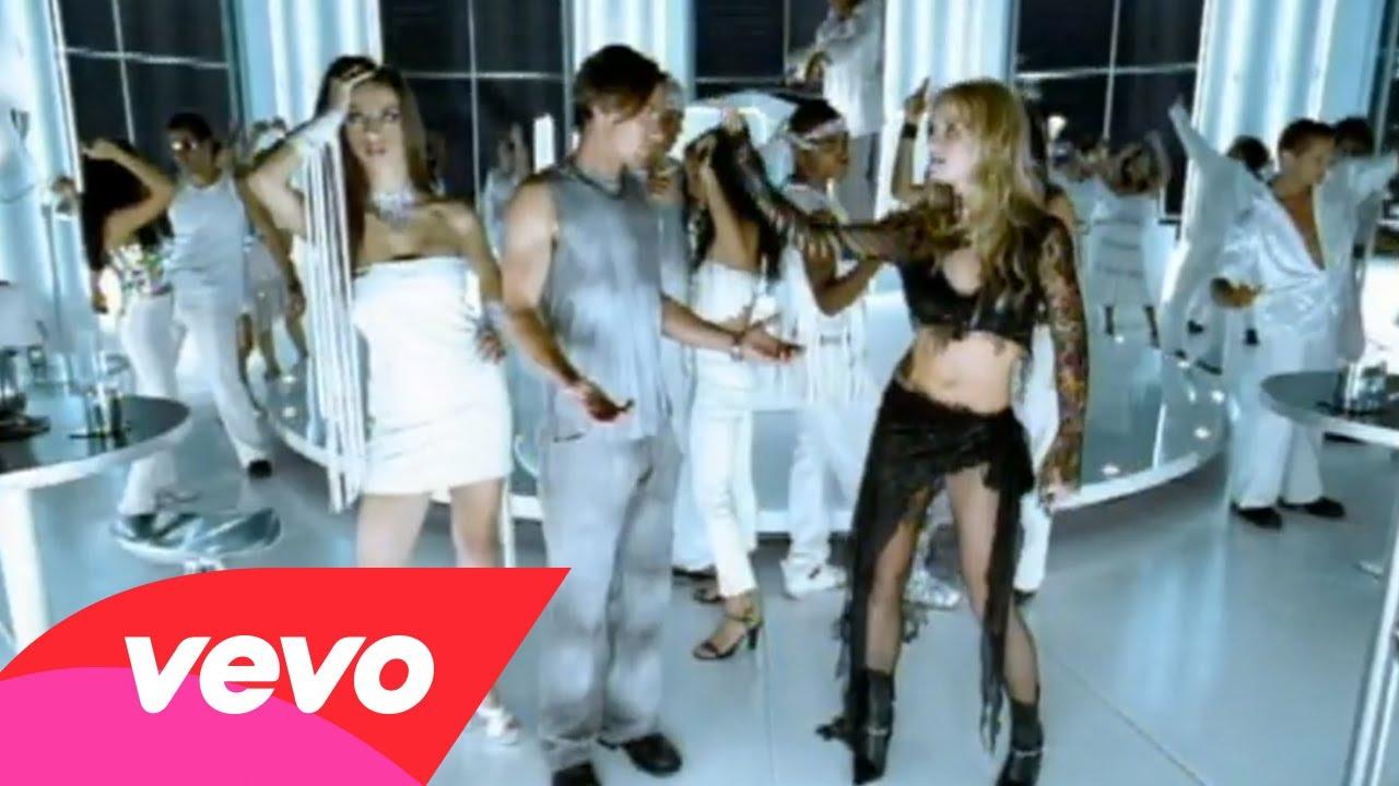 Britney Spears – Stronger