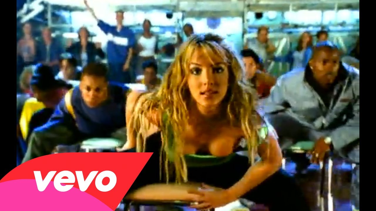 Britney Spears – (You Drive Me) Crazy