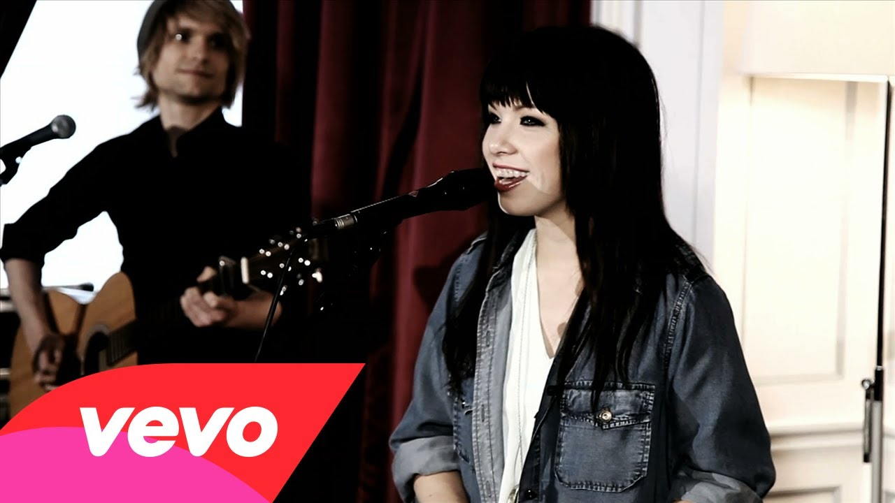 Carly Rae Jepsen – OFF SESSION – Tug Of War