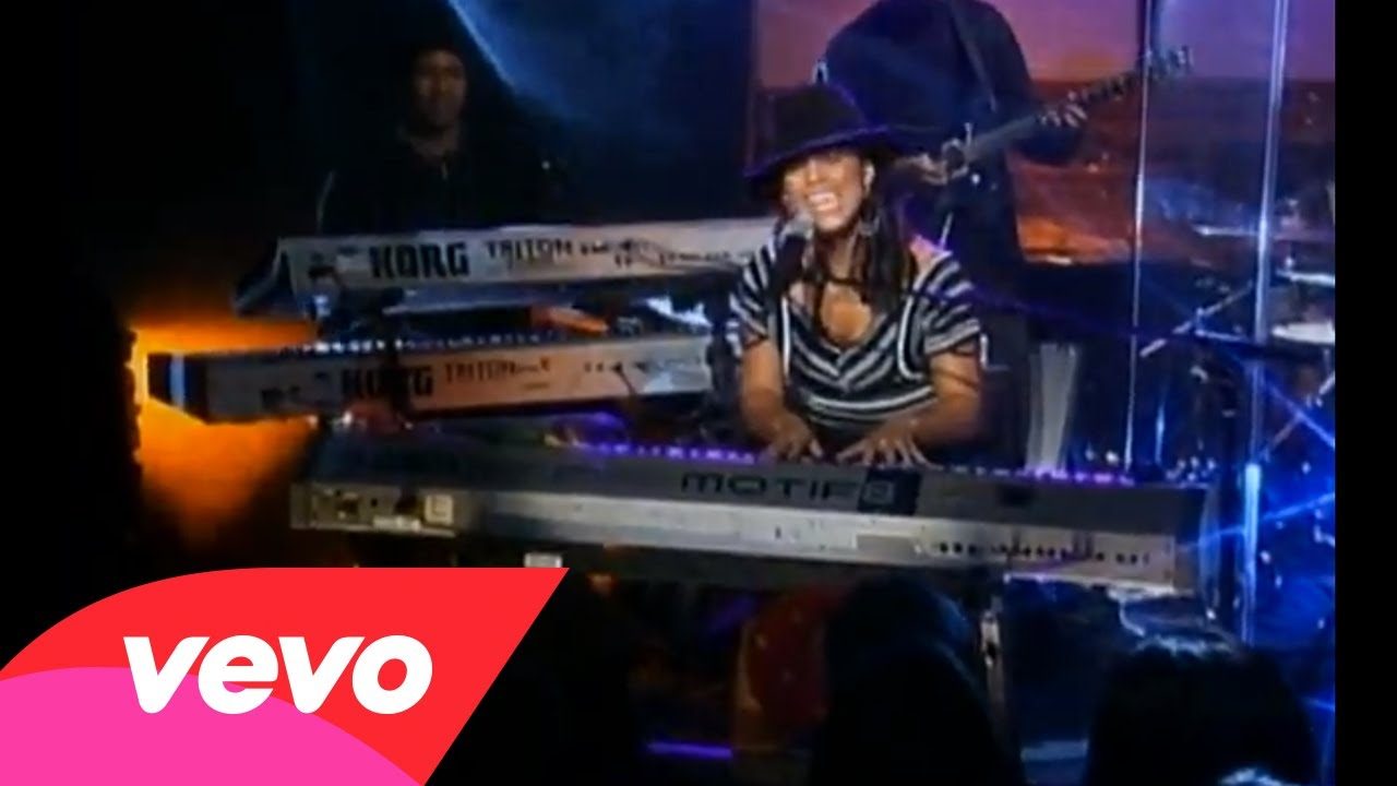 Empire State Of Mind (Part II) Broken Down (Piano & I: AO…