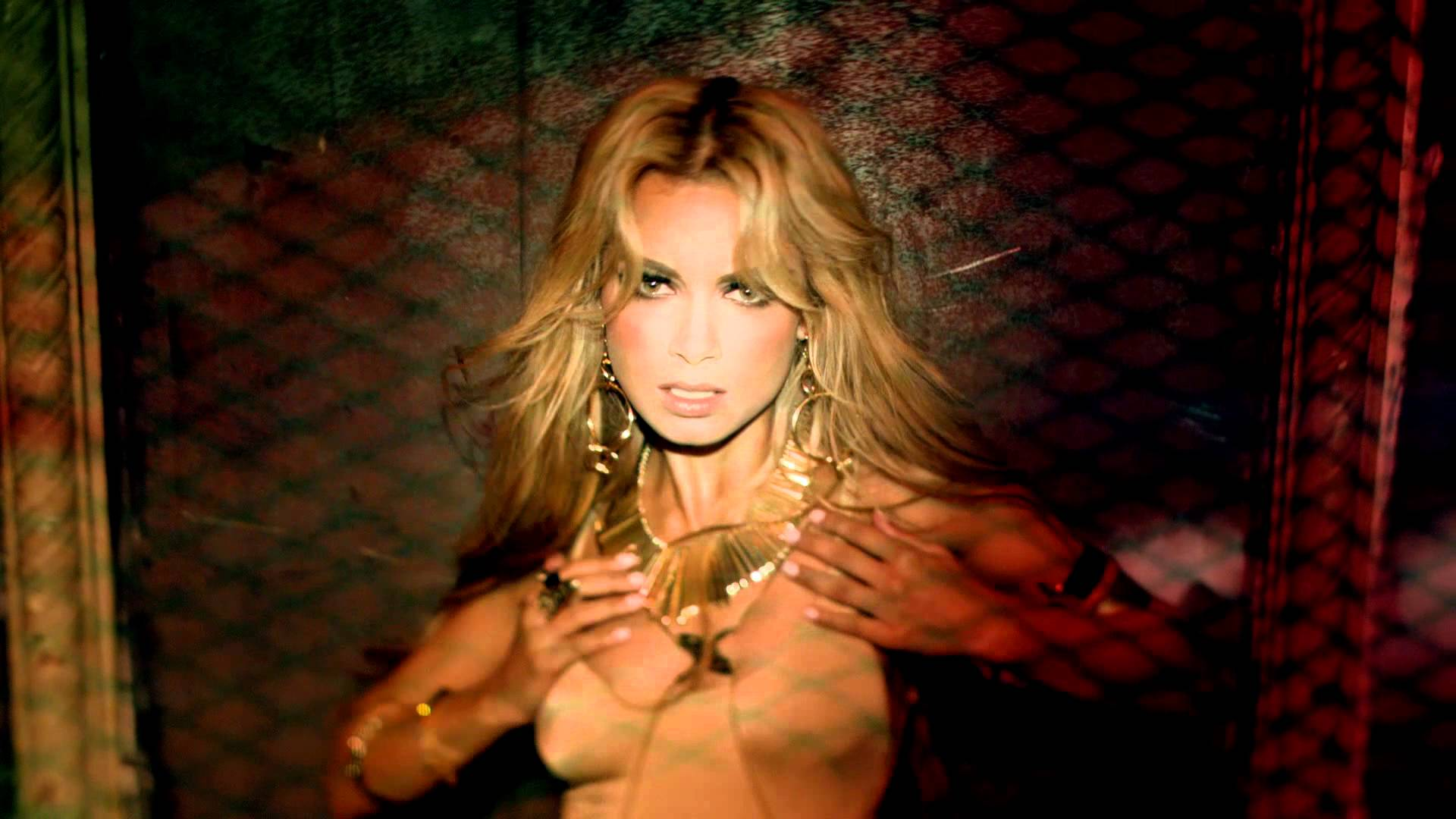 Havana Brown – We Run The Night (Explicit) ft. Pitbull