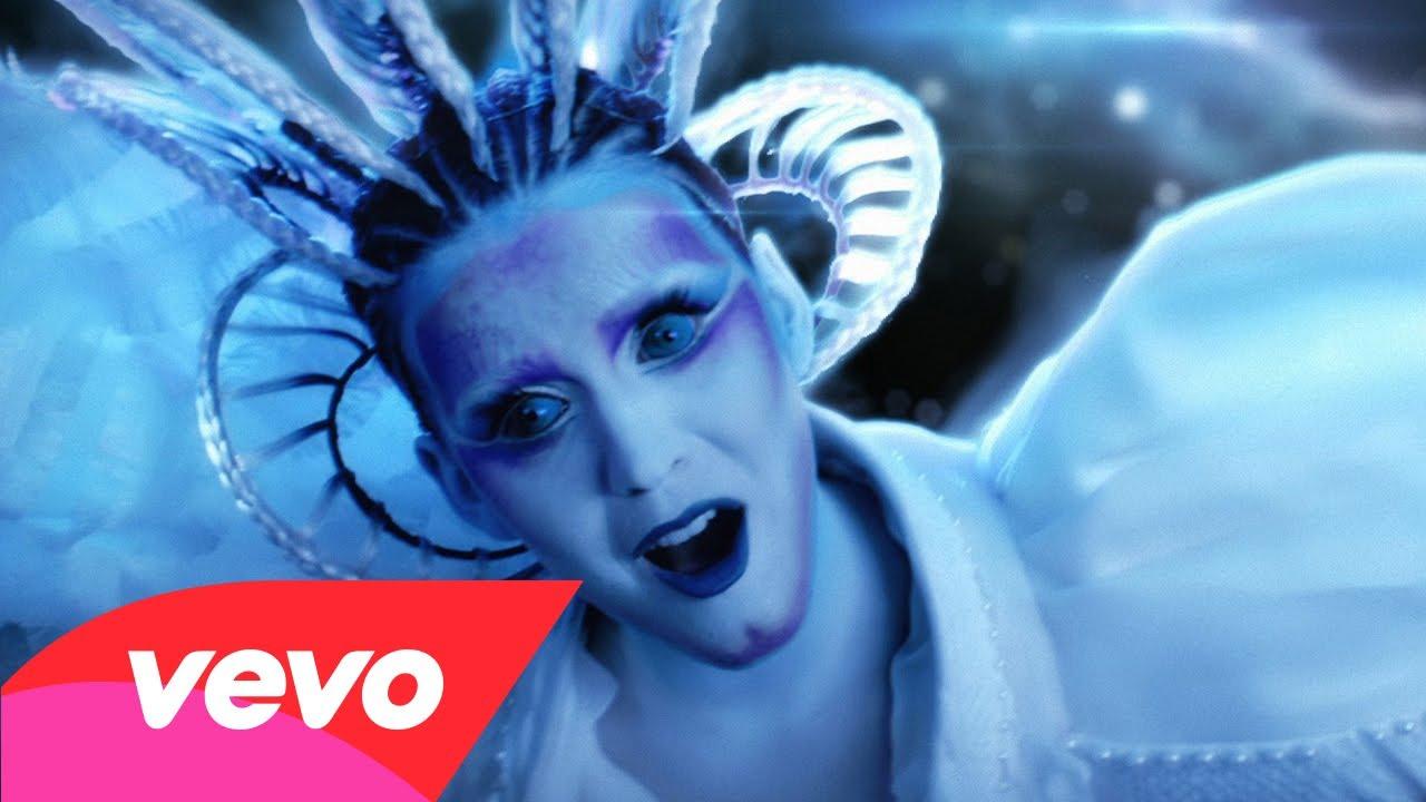 Katy Perry – E.T.