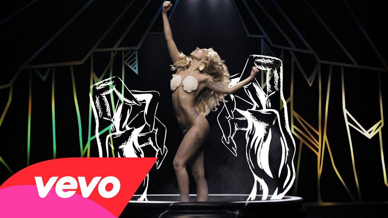 Lady Gaga – Applause