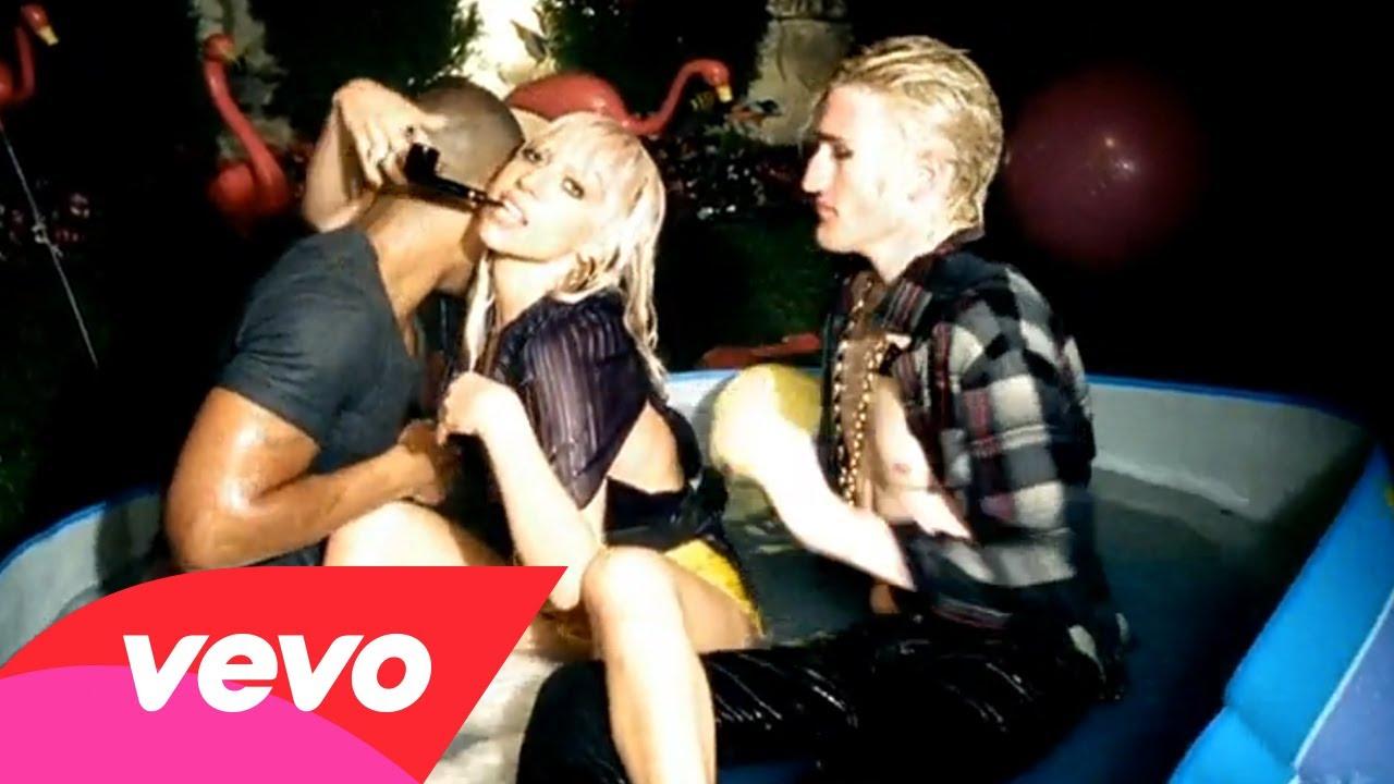 Lady GaGa – Just Dance