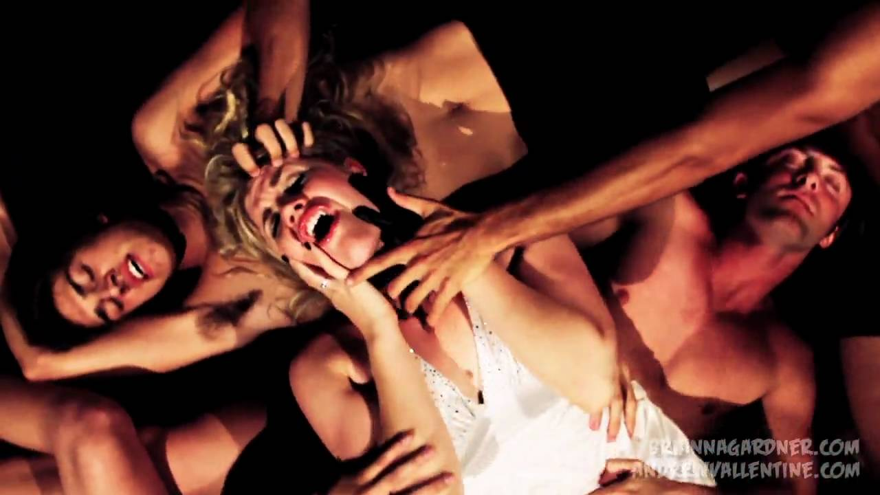 Lady Gaga – Monster