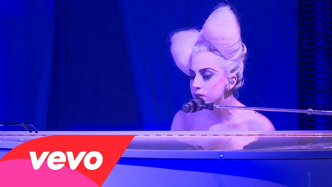 Lady Gaga – Speechless