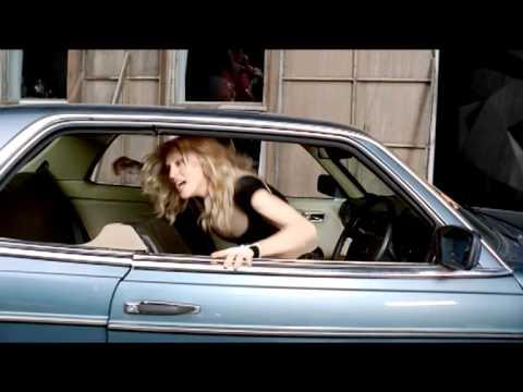 Madonna Featuring Justin Timberlake – 4minutes