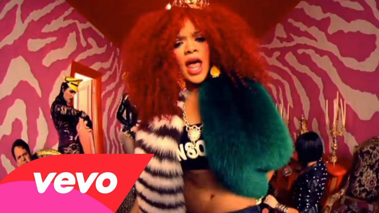 Rihanna – S&M