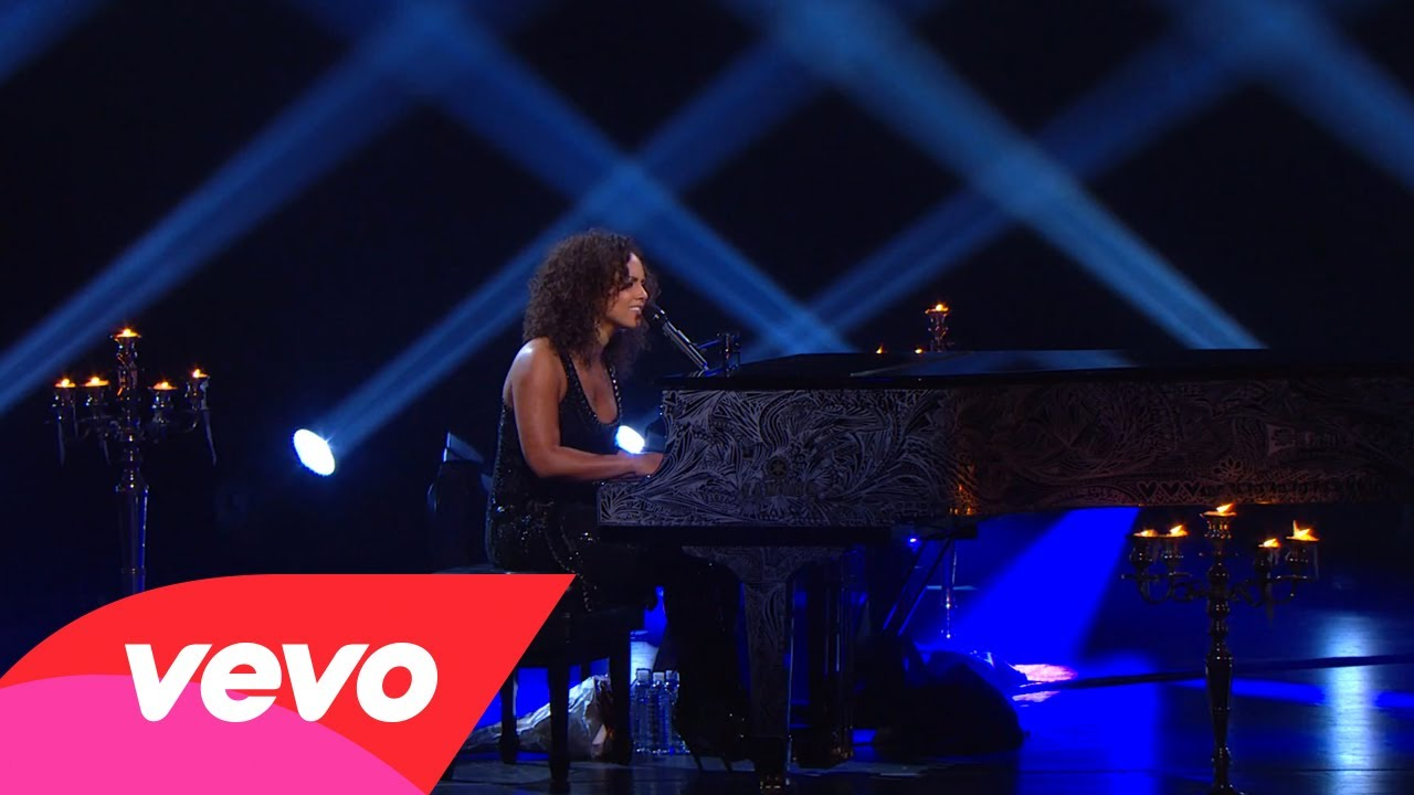 Try Sleeping With A Broken Heart (Piano & I: AOL Sessions…